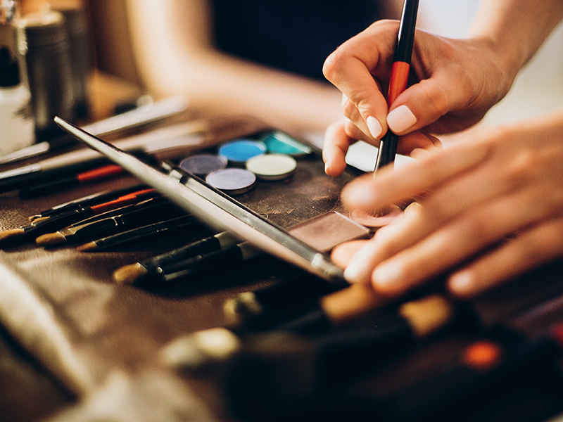 Professional Makeup Artist College Student