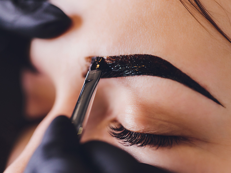 Henna Brow Beauty School Training Course